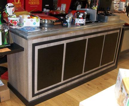 meuble caisse sur mesure avec plateau en zinc