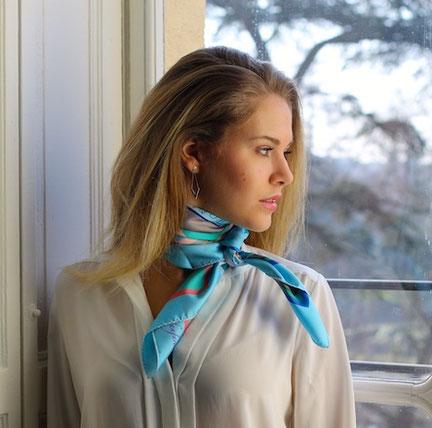 fanfaron, foulard en soie, carré de soie, twill de soie, foulard made in france, diane de montesquiou, sunbathing