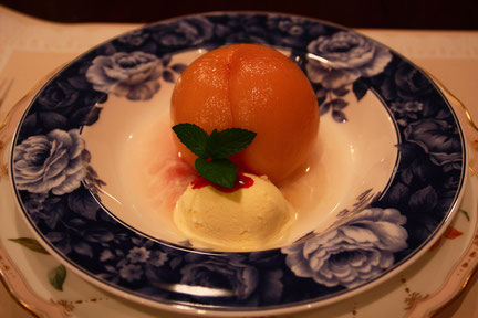 桃のコンポート 何度いただいても美味しい