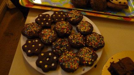 Rencontre avec les anciens élèves de Marceau (Vente de gâteaux) 3 décembre 2011