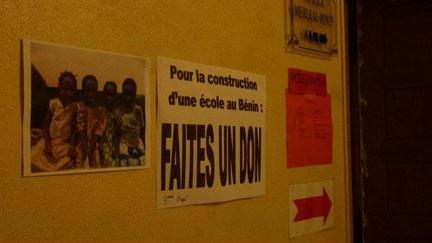 Rencontre avec les anciens élèves de Marceau ( Vente de gâteaux) 3 décembre 2011