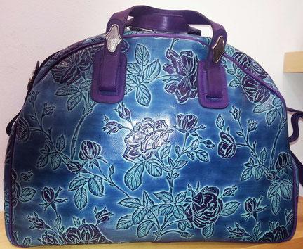 Designer Handtasche, Weekender, von déqua, geprägtes Leder classic Rose,  blaug, lila, türkis