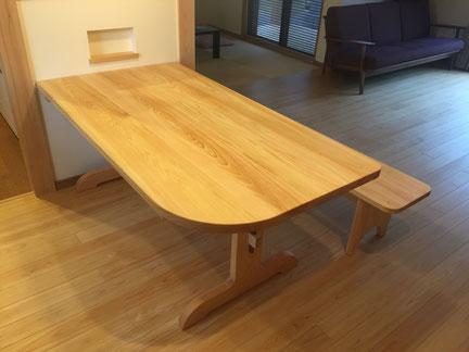ひのきのテーブル  岐阜県 加茂郡 川辺町 家具工房ウッドスケッチ