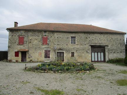 Façade : rénovation d'une façade  à la Chaux proche de Sauzé - Vaussais