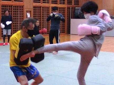 楽しいキックボクシング