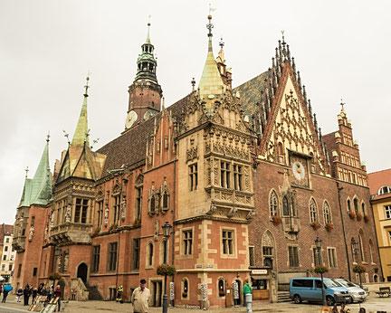 Bild: Das Rathaus von Breslau in Polen
