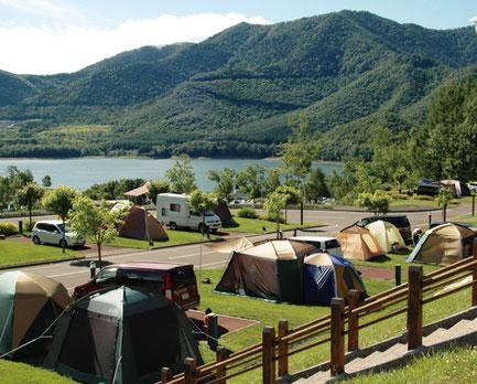 かなやま湖畔キャンプ場(画像:南富良野町振興公社)