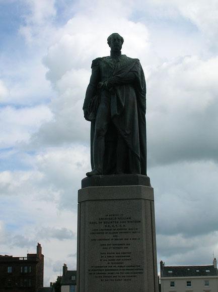 Statue du poète Robert Burns, dans le centre ville d'Ayr