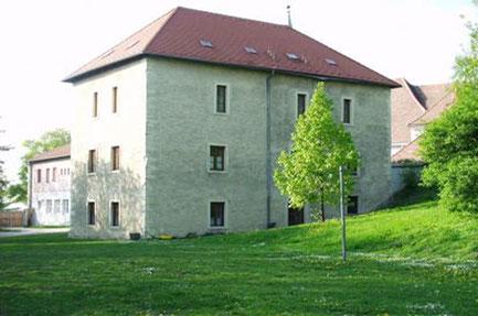 Oberleis liegt im Weinviertel 50km von Wien. Das Jugendzentrum gehört der katholischen Jungschar und bietet Platz für Gruppen bis 50 Personen.