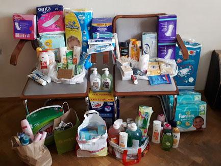 Bei der Erntedanksammlung im September 2019 wurden wieder viele Hygieneartikel gespendet. Diese wurden an die Le⁺O Sammelstelle der Pfarre Alt-Ottakring übergeben, wo sie an notbedürftige Menschen in unserem Bezirk gegeben werden.