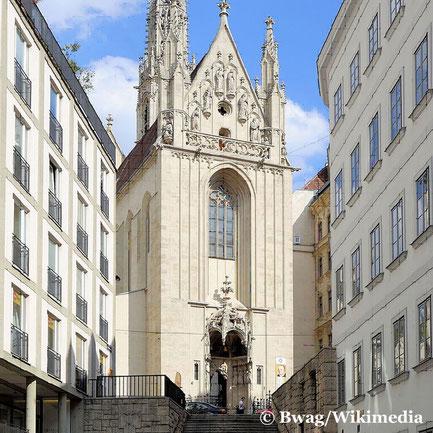 Maria am Gestade ist eine gotische Kirche nahe dem Donaukanal. eine der ältesten katholischen Kirchen in Wien, und war die traditionelle Kirche der Donauschiffer.