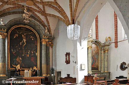 Die Salvatorkapelle liegt im Komplex des Alten Rathauses und ist die Bischofskirche der Altkatholischen Kirche Österreichs.
