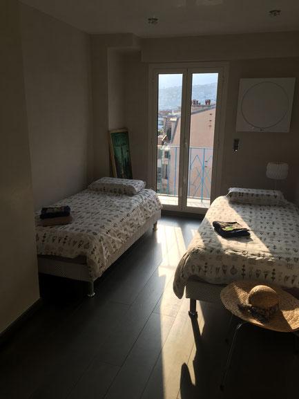 Nice Centre-Luxe-Terrasse et chambre au coucher du soleil
