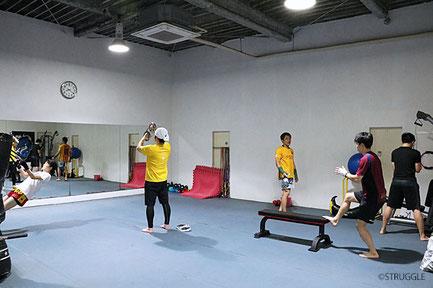 ▲スポーツプログラマー、トレーニング指導士の資格を持つ鈴木代表が丁寧にお教えします