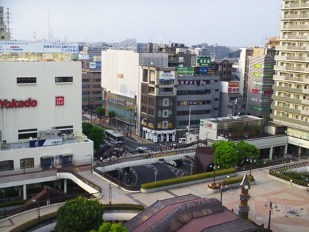 船橋駅北口の風景