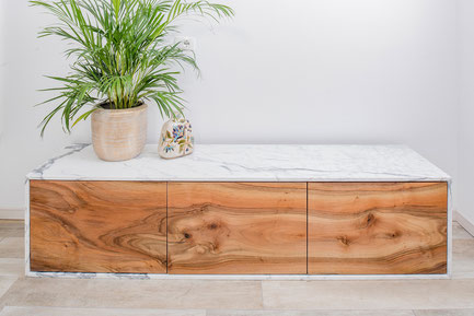 Sideboard Roina with walnut veneer & a classic Italian marble cover