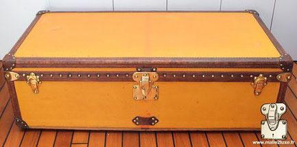 Louis Vuitton vuittonite cabin trunk Year: Circa 1915  Exterior: Yellow vuittonite canvas