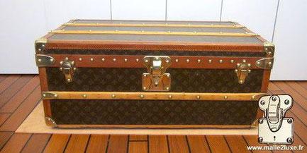 Louis Vuitton cabin trunk - LV Year: 1936 Exterior: LV stencil Mark 5 canvas  Border: lozine  Dimensions: 81 cm x 48 cm x 34 cm