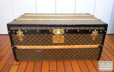 Louis Vuitton cabin trunk - LV Year: around 1920  Exterior: Mark 2 stenciled LV canvas