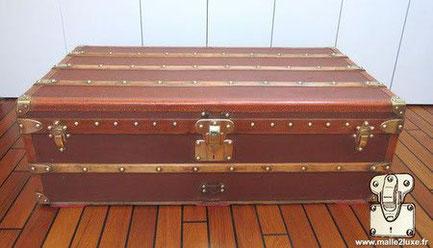 Louis Vuitton cabin trunk - vuittonite Year: around 1910   Exterior: Brown vuittonite canvas