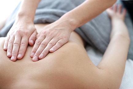 Grosesse - Massage de la jeune maman (Postnatal) - Equilibre Naturel à 7332 Sirault