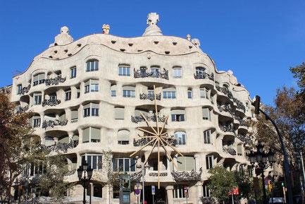 Casa Mila in Eixample von Antoni Gaudi_Empfehlungen von Barcelona by locals