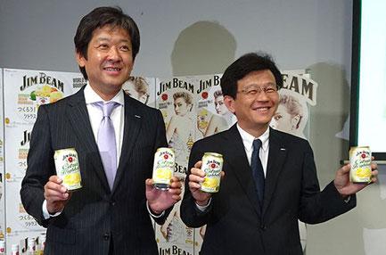 森本昌紀部長(左)と村上悦郎執行役員