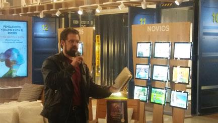Paolini at the book presentation in Barcelona