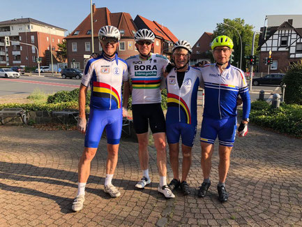 Auf dem Bild: v.l. Peter Dercken, Peter Jücker, Jörg Porwoll, Sigurd Appel (Foto: Peter Dercken)