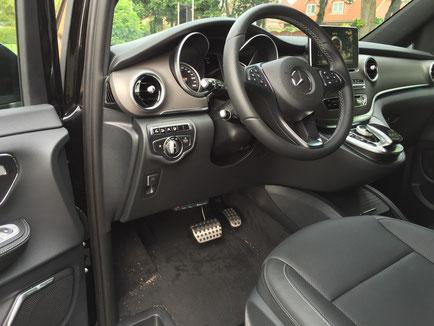 elektronisches Fahrtenbuch in der V-Klasse von Mercedes-Benz