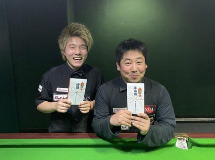 優勝:杉山功起(左) 準優勝:喜島安広(右) 画像提供:TPA