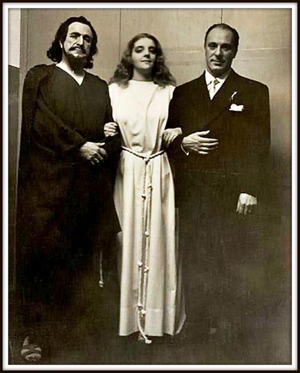 Da sinistra: Victor Damiani (Athanaël), Delia Rigal (Thaïs), Juan Emilio Martini (Direttore) in: Thaïs di J. Massenet - Buenos Aires Teatro Colón, luglio/agosto 1952.