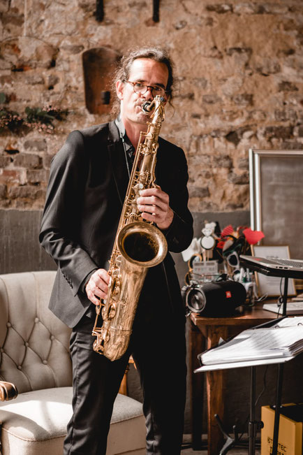 Saxophon Events Event Show Saxophonshow Saxophonist Tenorsaxophonist Charts NRW,DJ plus Saxophon,Saxophonist,DJ,Wuppertal,Essen,Düsseldorf,Mettmann,Wülfrath,Recklinghausen,Münster,Dortmund,Hückeswagen,Schwelm,Dorsten,Köln,Unna,Hattingen,Bochum,Hochzeit