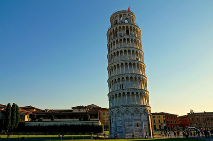 Pisa top things to do - Tower - Copyright  Brad Scruse