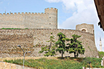 Skopje top things to do - Fortress Kale - Copyright  Enbodenumer