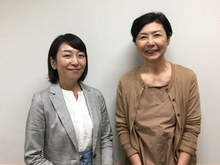 インタビュー後の山口さん(左)と片山俊子