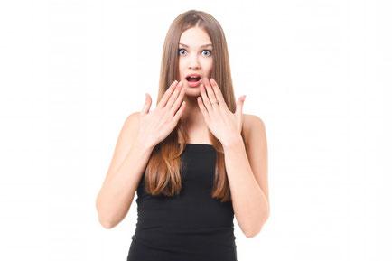 肩こりが原因でリンパが腫れた女性
