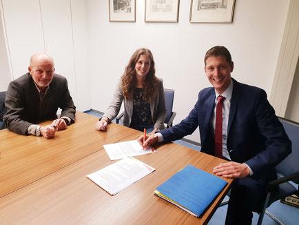 Bernd Engelhardt, Dina Graetz und Jochen Emonds freuen sich auf die zukünftige Zusammenarbeit. Innovative Ideen und konkrete Projekte, um Stolberg nachhaltig nach vorne zu bringen.