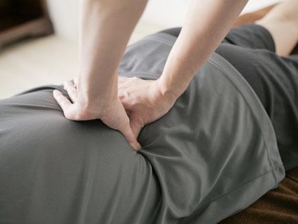 かぶらぎ整骨院・整体院ブログ 肩こり腰痛 揉みほぐしイメージ写真