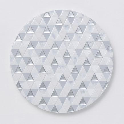 Links -Triangle- 1 サイズ/ Φ22.7cm 使用画材/ カルサイト、水晶、樹脂、アルミニウム箔、アクリル絵具