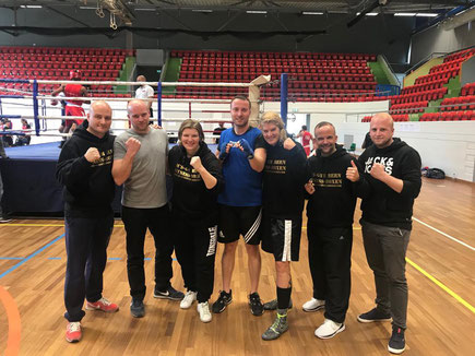 Marco Spath und Bernie Pulfer (Trainerteam) mit Boxern Anita, Jürg, Yvonne BOXING TEAM ITTIGEN @ SA 5.Oktober 4. LC-CUP 2019 Montreux