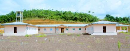 Base vie de Dibamba, bâtie sur 3,5 ha. Elle accueille 200 camions et offre 40 chambres