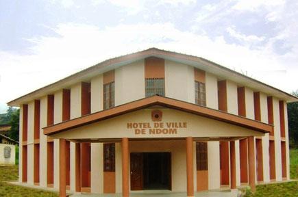 Hotel de ville de Ndom, inauguré en 2013