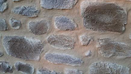 Exemple de fausse pierre en enduit