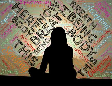 Achtsamkeit für Unternehmen - Achtsame Mittagspause - mindfulness - Achtsamsein - Achtsammitdir - kleiner Fluss