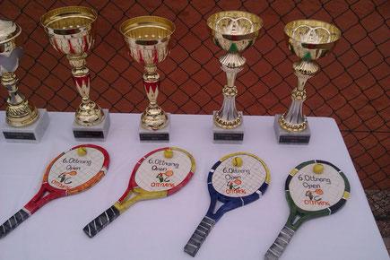 Tennisschläger- ein originelles Geschenk für Tennisspieler, auch als Uhr erhältlich!