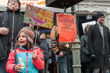 Naboskabssolidaritet med gadens opsagte cafébageri