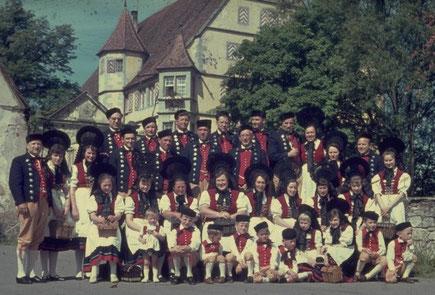 Trachtengruppe beim Gründungsfest im Jahr 1966