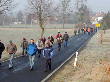 Die Wanderung begann in Richtung Belsdorf