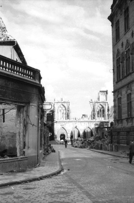 Sommer 1945 - Blick auf das Rathaus - Foto Carl Pohlschmidt - ULB Münster